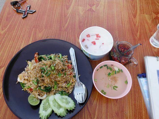 Жаренный рис с морепродуктами